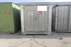 Container use storage with bolts and hooks - Lot 9 (Auction 3078)