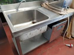 Steel sink counter - Lot 18 (Auction 3084)