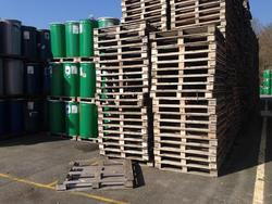 Pallet and kegs for processed tomatoes - Lot 1 (Auction 3100)