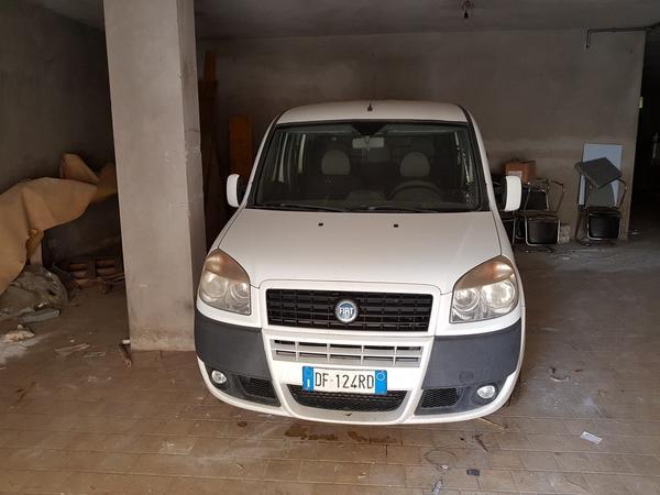 2#3110 Autocarro Fiat Dobl