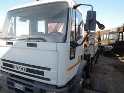 Iveco truck with crane - Lot 9 (Auction 3113)