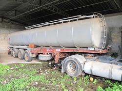 Adige semi trailer with tank - Lot 2 (Auction 3114)