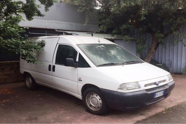 2#3115 Autocarro Fiat Scudo