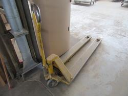 Transpallet and staircases - Lot 43 (Auction 3116)