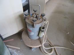 Pizzi pumps for air bonding - Lot 44 (Auction 3116)