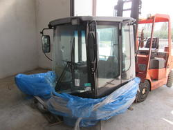 New Holland Wheel Loader Cabin W130 - Lot 26 (Auction 3117)