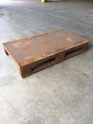 Metal pallet - Lot 4 (Auction 3154)