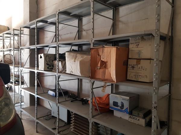 Immagine n. 3 - 2#3157 Scaffalatura e arredi ufficio