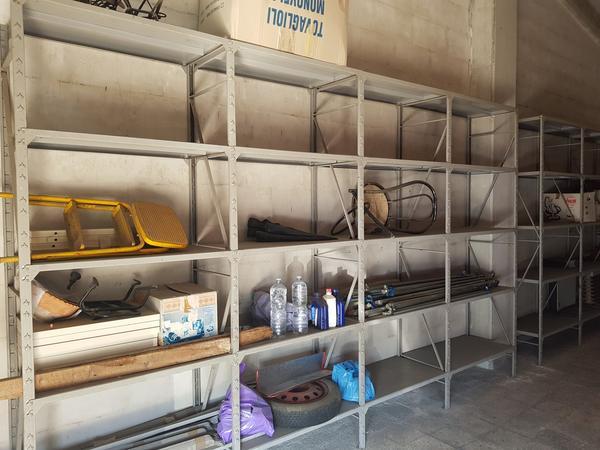 Immagine n. 4 - 2#3157 Scaffalatura e arredi ufficio