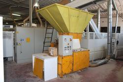 D   M waste grinder - Lot 21 (Auction 3165)