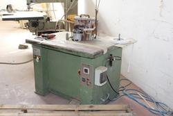 D   M beading machine - Lot 22 (Auction 3165)