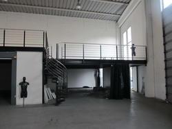 Iron mezzanine structure - Lot 1 (Auction 3171)