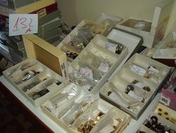 Bottoni e macchina per pellicceria Rimoldi - Asta 3199
