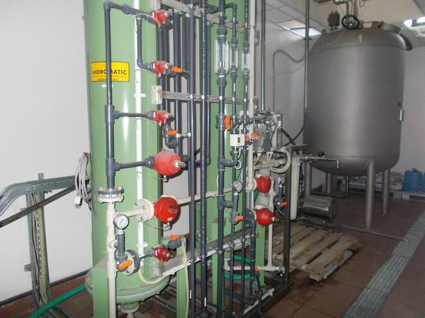 1#3241 Impianto per la produzione di acqua ultrapura