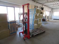 Transpallet manuale e sollevatore idraulico - Lotto 5 (Asta 3246)
