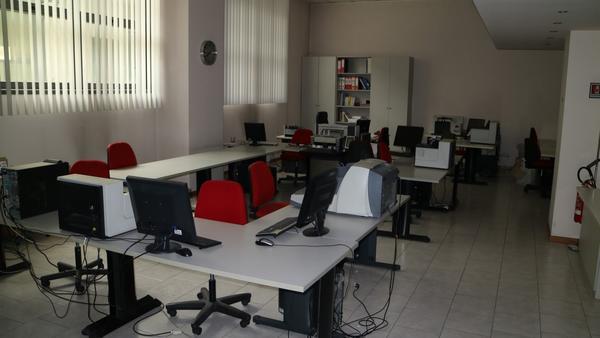Armadio Ufficio Usato Lombardia : Arredo ufficio usato vendita arredamento bar usato lombardia