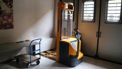Jungheinrich forklift and shelving - Lot 4 (Auction 3247)