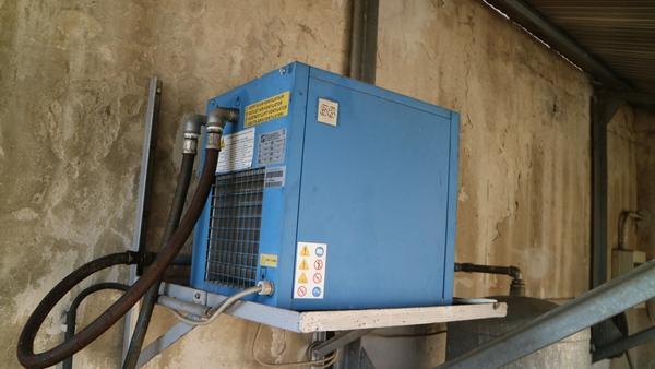 Immagine n. 18 - 9#3250 Scambiatore di calore Emmegi e compressore Parise