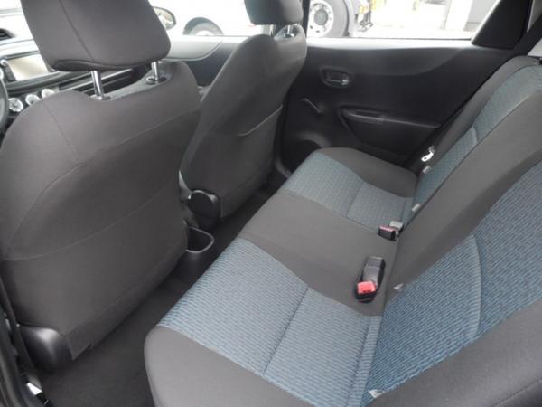 Immagine n. 3 - 10#3251 Autovettura Toyota Yaris 1.3 5 Porte Sol