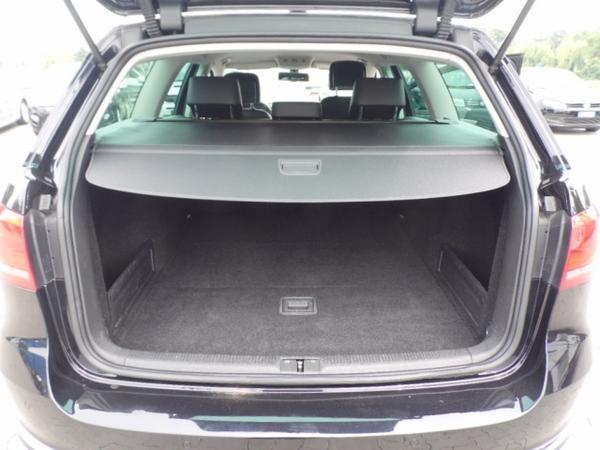 Immagine n. 5 - 11#3251 Autovettura Volkswagen Passat