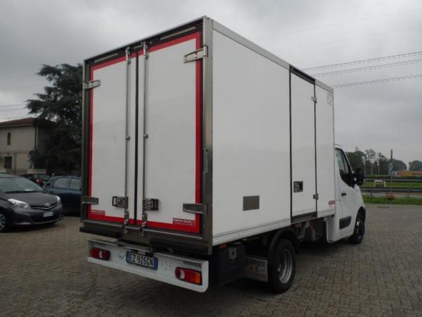 Immagine n. 3 - 8#3251 Autocarro Renault Master T35 2.3 Dci/165 Cabinato e Cella Refrigerata