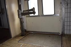 Arm platform - Lot 24 (Auction 3256)