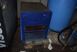 Air dryer - Lot 49 (Auction 3256)