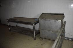 Steel table - Lot 52 (Auction 3256)