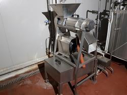 Tecnom fruit pulp filtering machine - Lot 14 (Auction 3260)