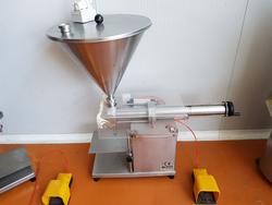 Bertuzzi Jars Machine - Lot 27 (Auction 3260)