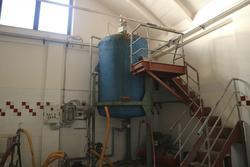 Dolo polyol mixer and Dari compressor - Lot 17 (Auction 3266)