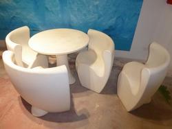 Tavolo e sedie da giardino - Lotto 142 (Asta 3279)