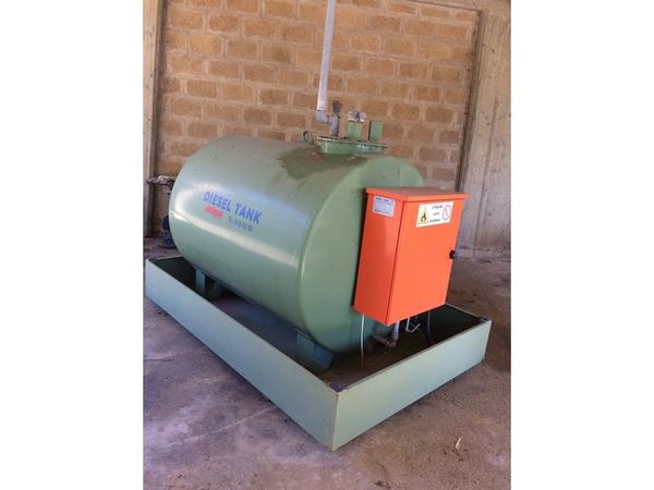34#3287 Cisterna per gasolio Ama Dto 20 5K Lt.200
