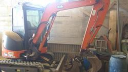 Hitachi ZX 35 U excavator and Condor 250RSTD mixing bucket - Lot  (Auction 3288)