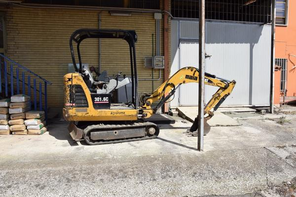 2#3299 Mini Escavatore Caterpillar 301 6C