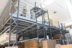 Metal shelving - Lot 22 (Auction 3307)