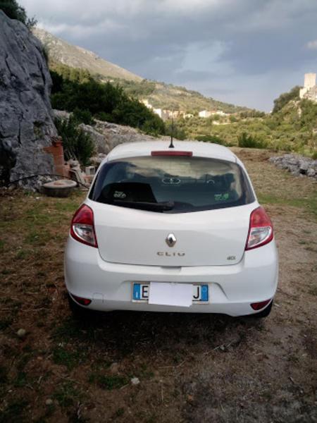 Immagine n. 3 - 1#3312 Autocarro Renault Clio