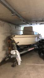 Trailer and boat - Lot  (Auction 3319)