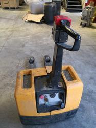 Liflite Let1300 electric pallet truck - Lot 12 (Auction 3340)