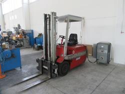 Linde forklift truck and transpallet - Lot 12 (Auction 3342)