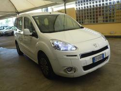 Peugeot Partner car - Lot 18 (Auction 3357)