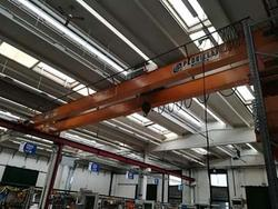 Pedrielli overhead cranes and vertical PV56 packing press - Lot 1 (Auction 3369)