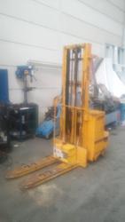 Icem pallet trucks - Lot 8 (Auction 3370)