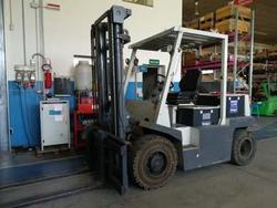Filling machine Tetra Pak and forklift OM - Lote 2 (Subasta 3373)