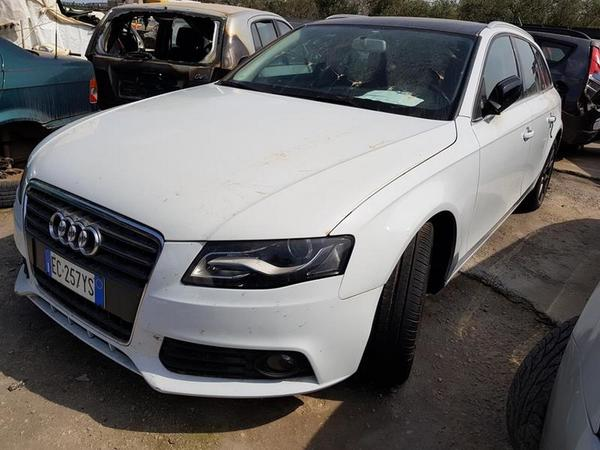 1#3379 Automobile Audi A4