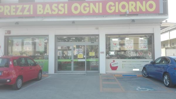 1#3391 Supermercato sito in Chieti