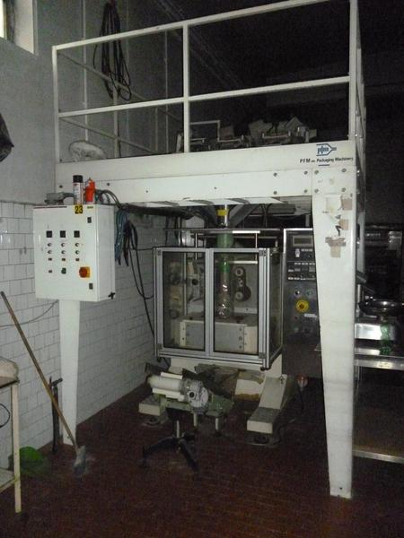 2#3408 Confezionatrice verticale Pfm