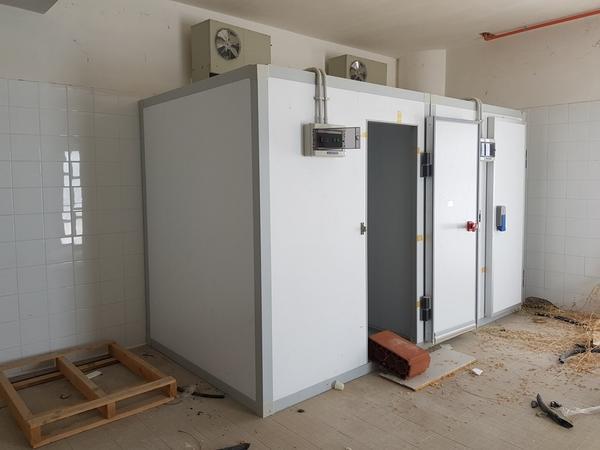Immagine n. 2 - 16#3428 Celle frigo con scaffalatura