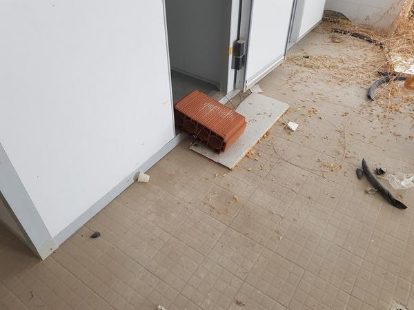 Immagine n. 4 - 16#3428 Celle frigo con scaffalatura