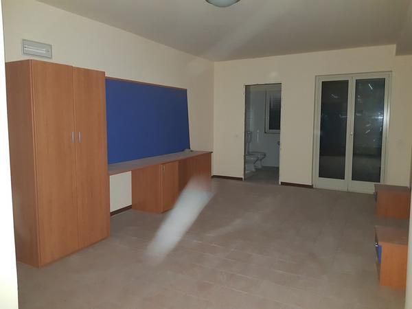 Immagine n. 23 - 25#3428 Arredamenti per stanza hotel